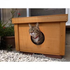 猫小屋「にゃんこの巣」